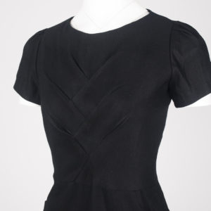 Oru pocket dress - Noir, close up detail