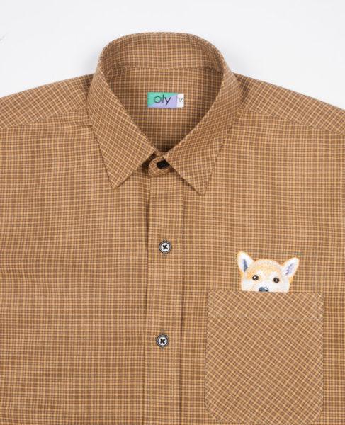 Woof Short Sleeve shirt - Straw half body view